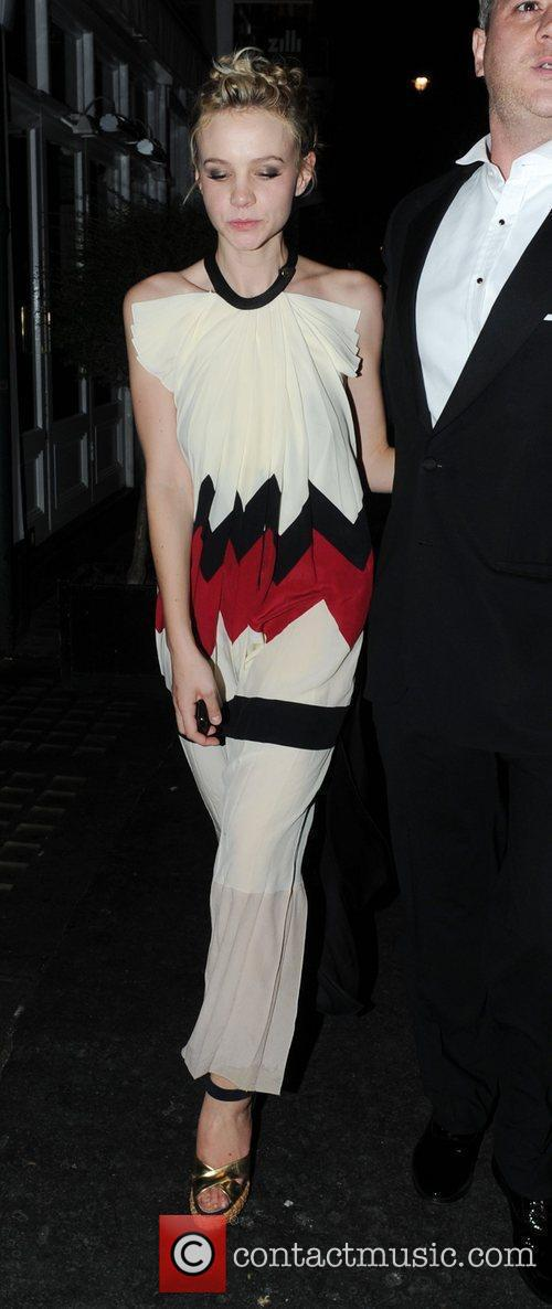 Carey Mulligan and a friend leaving the Groucho...