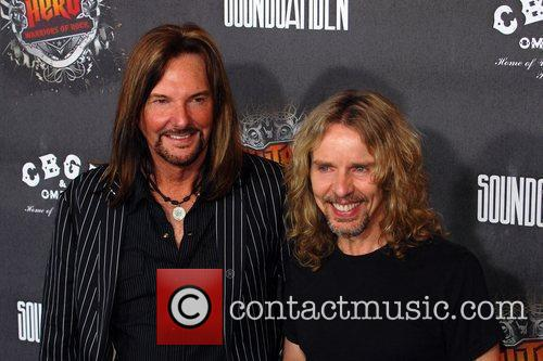 Tommy Shaw and Styx 4