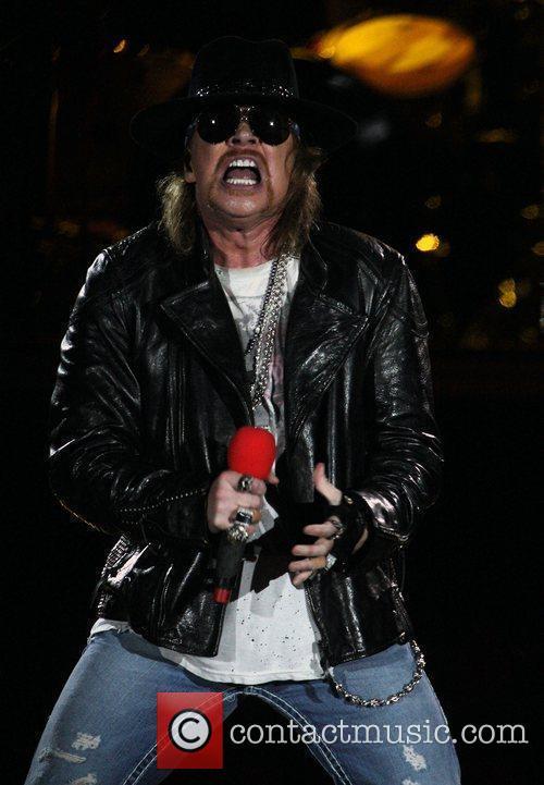 Axl Rose and Guns N Roses 17