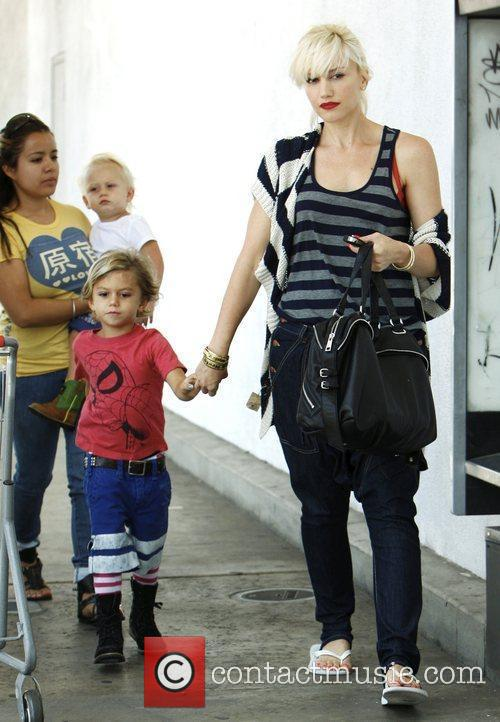 Gwen Stefani holding hands with son, Kingston Rossdale...
