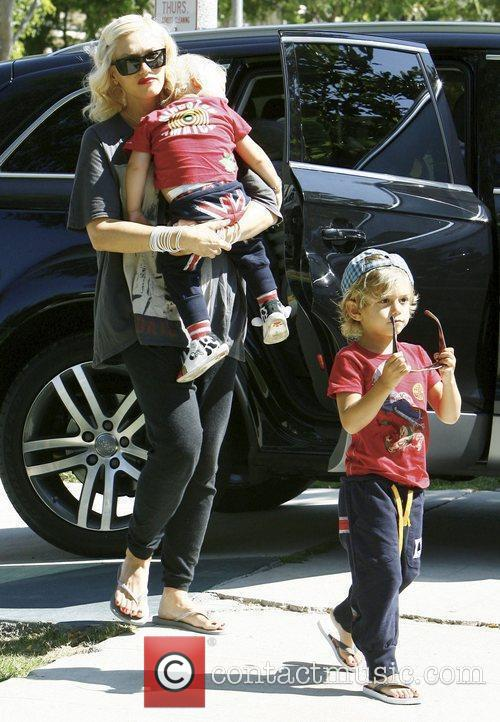 Gwen Stefani, Her Sons Kingston, Zuma Visit Family and Friends In Beverly Hills 1