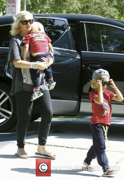 Gwen Stefani, Her Sons Kingston, Zuma Visit Family and Friends In Beverly Hills 9