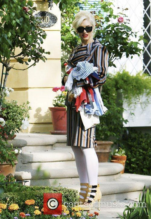 Gwen Stefani at her mother's house in Hollywood...