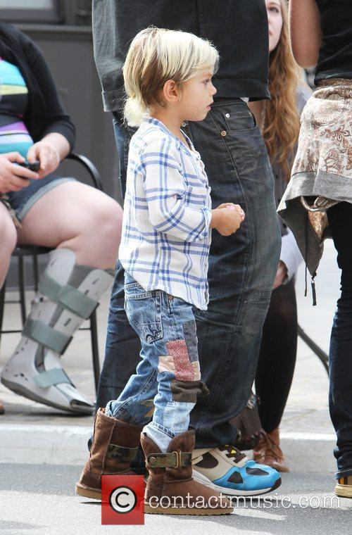 Kingston Rossdale Gwen Stefani shopping with her family...