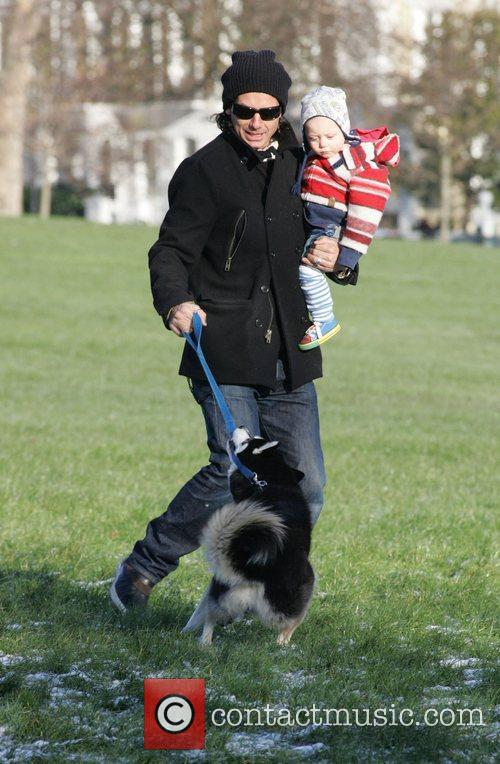 Gavin Rossdale and Son Zuma 3