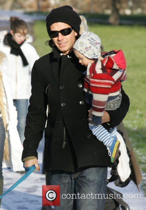 Gavin Rossdale and Son Zuma 4