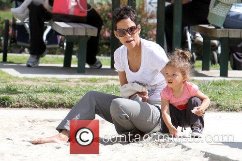 Halle Berry and Nahla Ariela Aubry 13