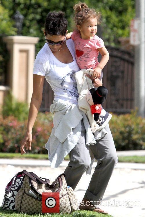 Halle Berry and Nahla Ariela Aubry 17