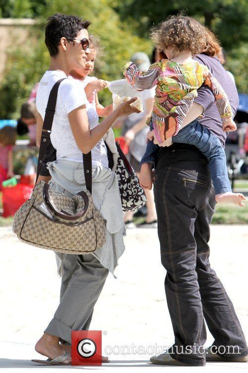 Halle Berry and Nahla Ariela Aubry 16