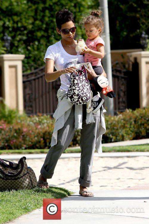 Halle Berry and Nahla Ariela Aubry 21