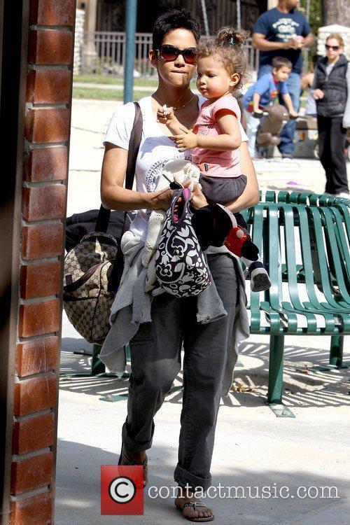 Halle Berry and Nahla Ariela Aubry 23