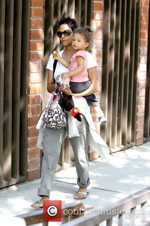 Halle Berry and Nahla Ariela Aubry 27