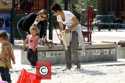 Halle Berry takes her daughter to Coldwater Canyon...
