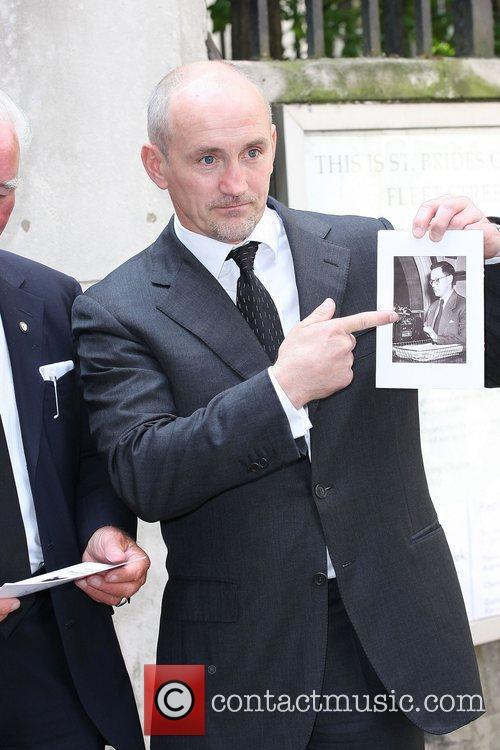 Barry McGuigan Memorial for Harry Carpenter held at...