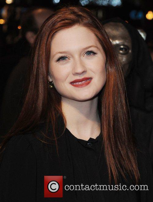 Bonnie Wright and Harry Potter 6