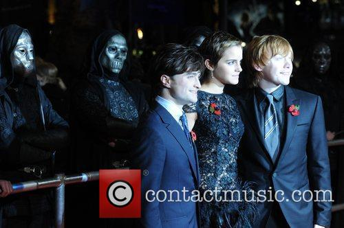 Daniel Radcliffe, Emma Watson, Harry Potter and Rupert Grint 16