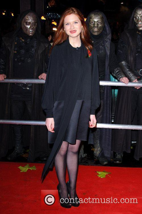 Bonnie Wright and Harry Potter 8