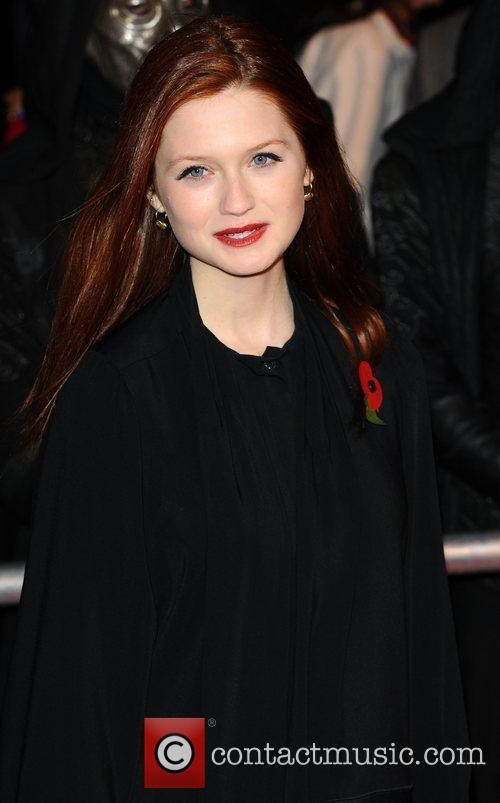 Bonnie Wright and Harry Potter 9