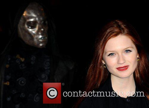 Bonnie Wright and Harry Potter 10