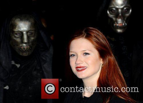 Bonnie Wright and Harry Potter 11