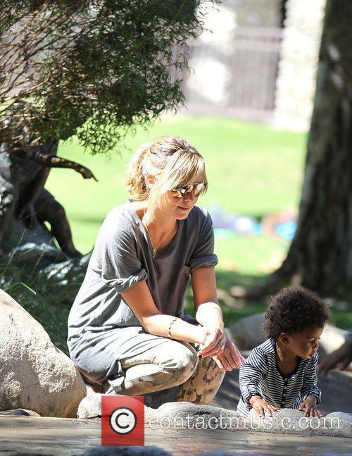 Heidi Klum and her daughter Lou Sulola enjoy...