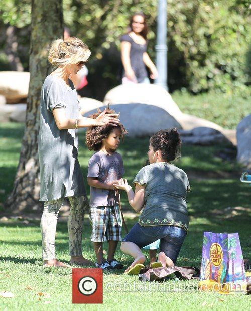 Heidi Klum, her son Henry and a family...