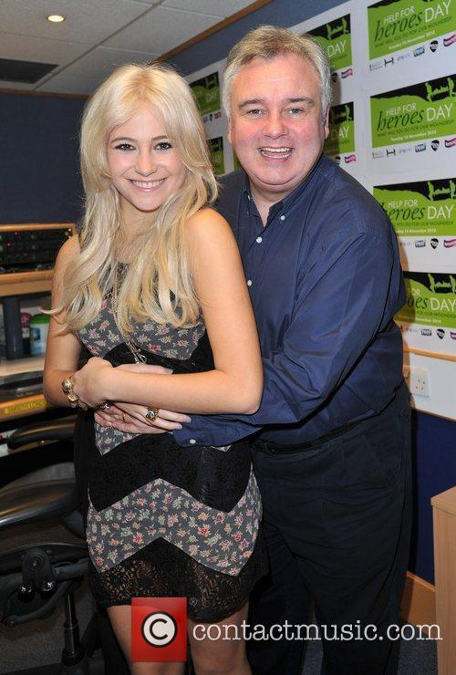 Pixie Lott and Eamonn Holmes Help for Heroes...