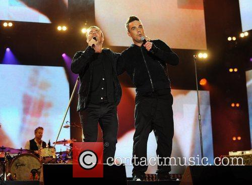 Robbie Williams and Gary Barlow 10
