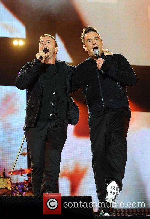 Robbie Williams and Gary Barlow 22