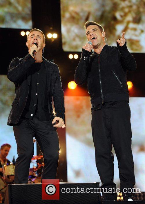 Robbie Williams and Gary Barlow 30