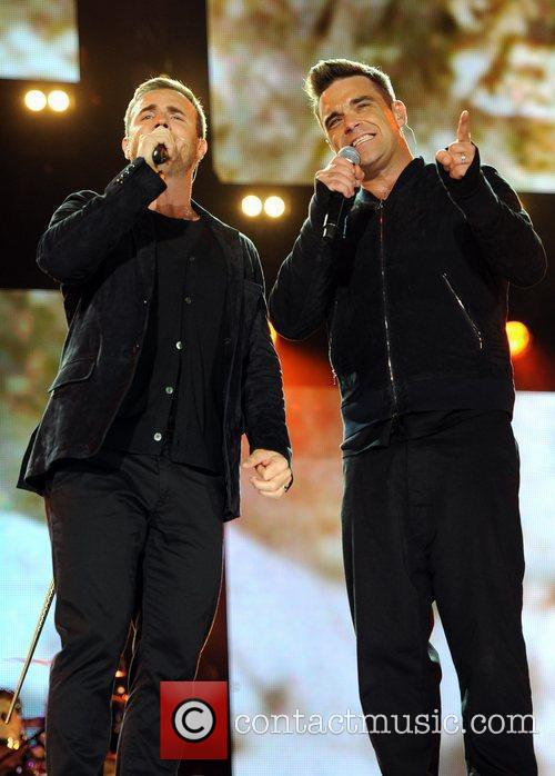 Robbie Williams and Gary Barlow 32