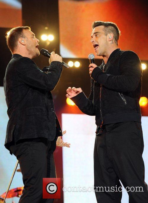 Robbie Williams and Gary Barlow 31