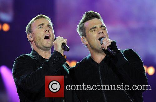Robbie Williams and Gary Barlow 8
