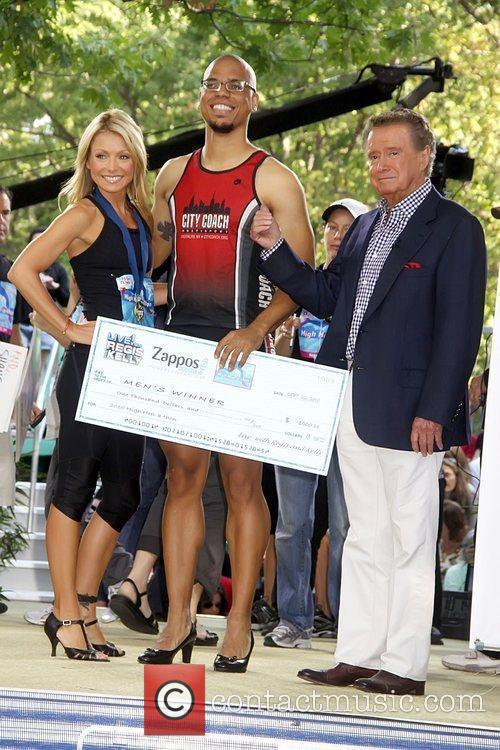 Kelly Ripa and Regis Philbin 8