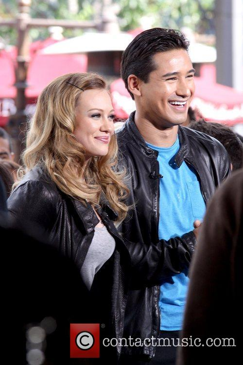 Hilary Duff and Mario Lopez 9