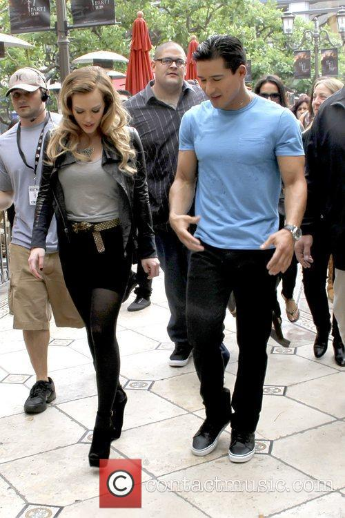 Hilary Duff and Mario Lopez 7