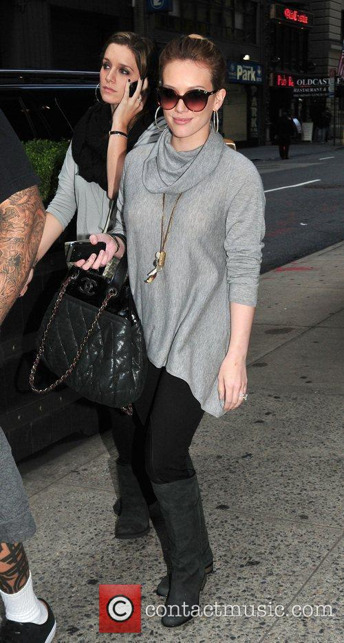 Hilary Duff leaves her mid-town hotel