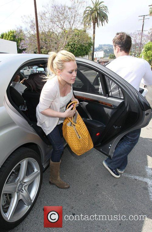 Hilary Duff, Her Fiance, Mike Comrie, A Canadian Professional Ice Hockey Player and Are Dropped Off At Hillary's Mercedes Suv After Being Taken To Look At Furniture By A Salesman. 5