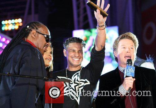 Stevie Wonder, Billy Bush and Lauren Sanchez 2
