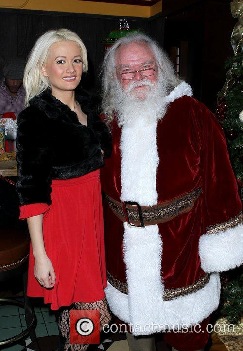 Holly Madison Wraps Up Holly Jolly Toy Drive...