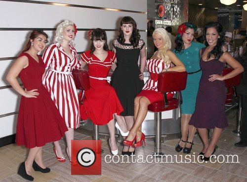 Bettie Paige, Claire Sinclaire, Holly Madison, Claire Sinclaire...