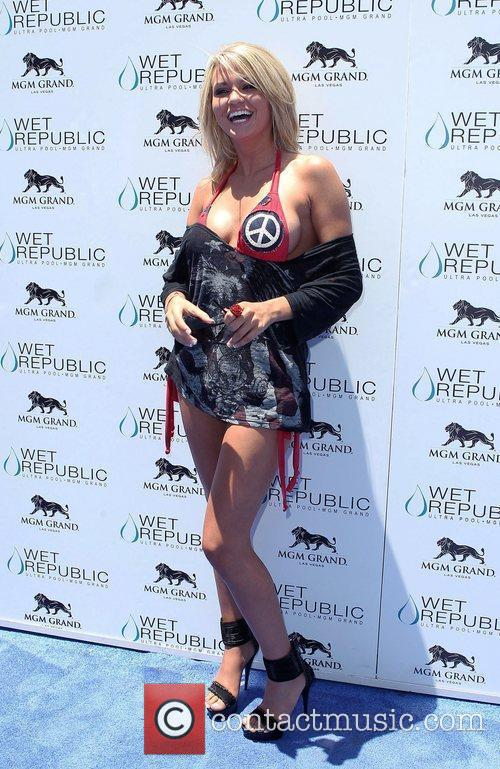 Angel Porrino All-American Holly Madison hosts Wet Republic...