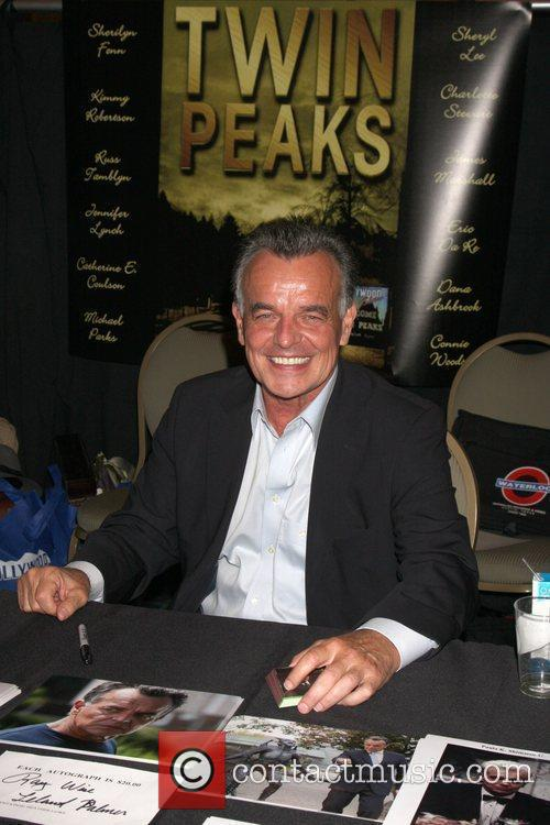 Ray Wise  the Hollywood Show at the...