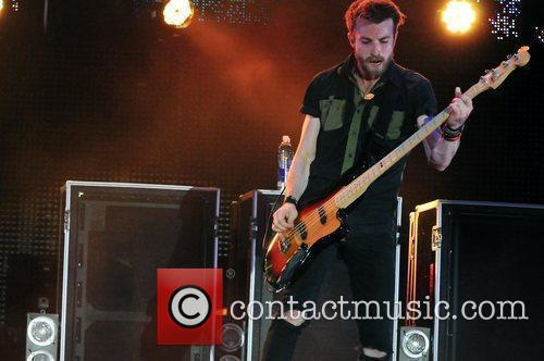 Jeremy Davis of Paramore performs on stage during...