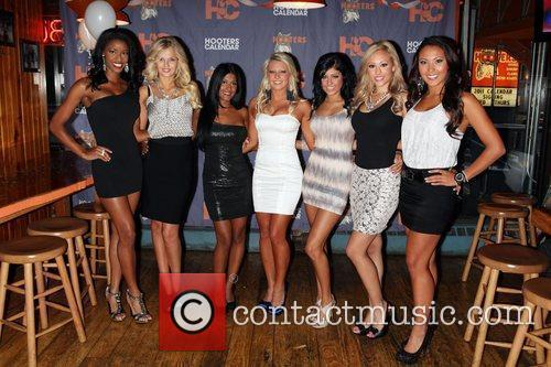2011 Hooters Calendar Girls signing at Hooters