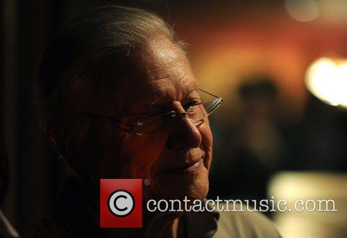 Sir David Attenborough Hope 4 Apes held at...