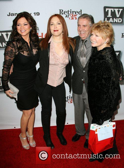 Valerie Bertinelli and Amy Yasbeck 8