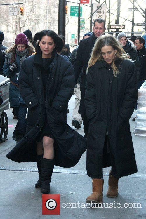 Olivia Munn and Sarah Jessica Parker 12