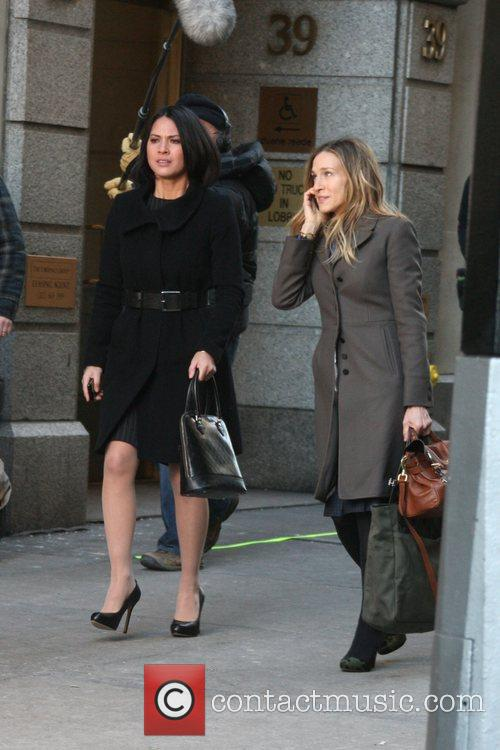 Olivia Munn and Sarah Jessica Parker 10