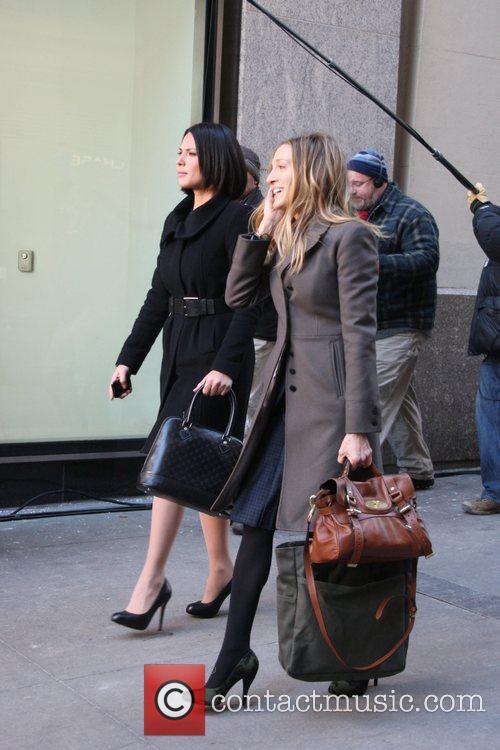 Olivia Munn and Sarah Jessica Parker 11